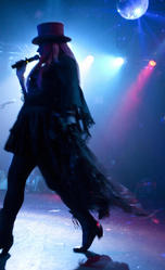 chi_chi_valenti_silhouette